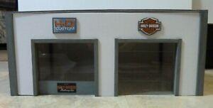 1:18 Scale Harley Davidson Motorcycle Diorama-Display-Garage