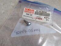 NOS OEM Yamaha Fairing Cowling Screw (2GH) 1987-1993 FZR1000 FZR750 90149-05244