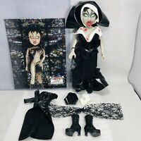 2003 Mezco Fashion Victims Lilith Living Dead Dolls w Deadmate Of The Month Pic!