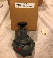 Moore Nullmatic 42H30 Precision Pressure Regulator - New Surplus