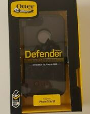 OtterBox Defender Series Case w/Belt Clip for iPhone 5/5s/SE Black Color.