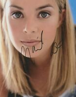 Gail Porter   **HAND SIGNED**  10x8 photo  ~  AUTOGRAPHED