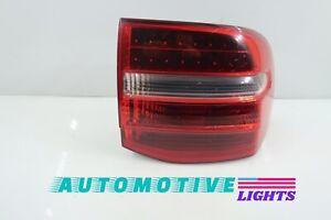 GENUINE OEM   2008 - 2010 Porsche Cayenne LED Tail Light ( Right/Passenger )