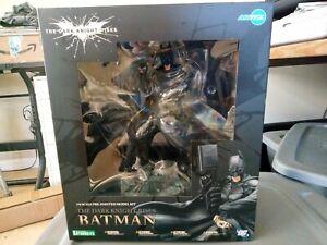 Batman The Dark Knight Series 1:6 Scale Pre-Painted Model Kit