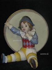 +# A012413_11 Goebel Archiv Probe Ruiz Clown Harlekin vor großer Trommel 11-404
