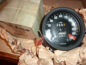 ROVER P5B 3.5 LITRE COUPE Speedometer.  New old stock.  Part no 559406.