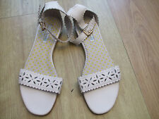BODEN CUT OUT DETAIL ANKLE STRAPE FLATS  SIZE 42==8.5  BNWOB