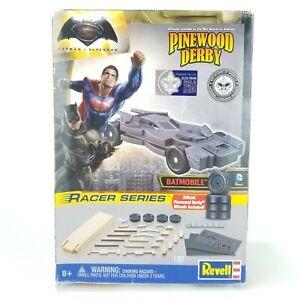 Revell Batman VS Superman Batmobile Racer Series Pinewood Derby BSA RMXY9449