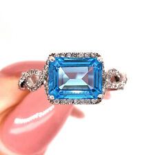 Ring in 14k White Gold 3.40ct Blue Topaz and Diamond Right-Hand