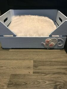 Beautiful Handmade  Wooden cat bed