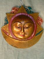 Nepal - Sun wood mask golden colour / máscara madera Sol color dorado