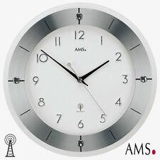AMS Wanduhr 5848 Funk Aluminium mit Facettiertem Mineralglas kombiniert