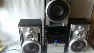 Panasonic SA-AK750 HIFI-STEREO  USB, SUB-WOOFER, 5CD change Radio tape cassette