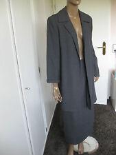 Madeleine Kostüm Gr. 38/40 grau mit Schurwolle  Rock und Jacke