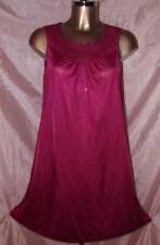 Vintage camisón de nylon sedosa LORRAINE en Guinda Rojo Tamaño X Small