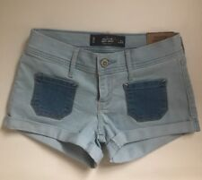 NWT HOLLISTER Co. Patch Pocket Low Rise Denim Short-Shorts Light Denim sz 0