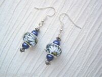 GLASS DAISY PRINT BEAD Navy Blue Pearl Drop Earrings SP Gift Daisies Floral