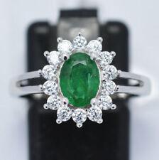 Anelli di lusso con gemme smeraldo in argento