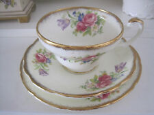 GORGEOUS VINTAGE FOLEY TULIP FINE BONE CHINA TRIO