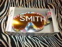 Smith Women Ski/Snowboard Goggles - Used Very Good Condition!!!