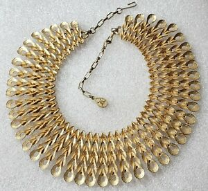 """Vintage Egyptian Revival Cleopatra """"Fitted""""  Collar Bib Link Necklace"""
