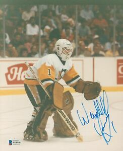Penguins Wendell Young Authentic Signed 8x10 Photo Autographed BAS #AA48146