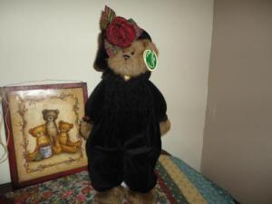 Bearington Teddy Bear Named Chanel Black Velvet Outfit Large 17 inch Nr 1523 Tag