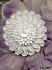 VINTAGE JAPAN Plastic Resin FLOWER BOUQUET Cabochon CHARM SCULPTED 28mm WHITE