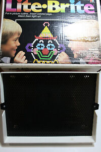 Lite Brite Vintage 1990 with original box and pegs. Used