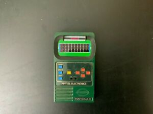 Vintage Mattel Electronic Football II 2 - Tested Works GREAT!