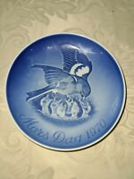 Vintage Bing & Grondahl Mother's Day 1970 Plate  Blue Birds feeding babies