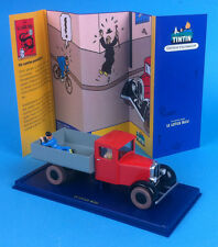 VOITURE TINTIN CAR ATLAS N°36 Camion rouge Miesse /  Le Lotus Bleu   figurine