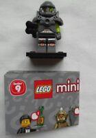 NEW LEGO MINIFIGURES SERIES 9 - 71000 - Alien Avenger - RARE
