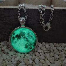 Leuchtende Mond Luna Halskette grün Schmuck Anhänger fluoreszierend