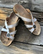 THINK! German Silver Thong Sandals Comfy Julia Size 38 8 Leather Sole Wear Cute