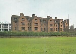 Cambridge. Queens College. Fisher Building. Postcard with surface marks. Unused