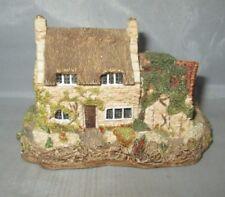 Cobblers Cottage by Lilliput Lane Miniature Masterpieces
