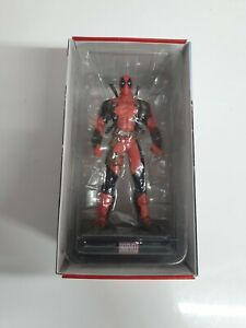 Panini Marvel Universe Figurine Collection #3  DEADPOOL with Box