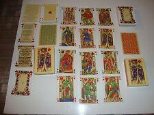 Lot de 2 jeux de 54 carte de LA PUCELLLE : Dos bleu et dos rouge : reproduction.