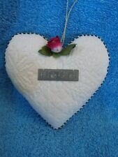 """Mary Engelbreit Fabric Heart """" Friends Forever """" Country Christmas Ornament"""