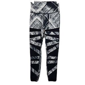 Lululemon Women's Pants 4 High Times Heatwave White Black 7/8 Length Leggings