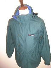 VINTAGE BERGHAUS PALISADE AQUAFOIL JACKET SIZE SMALL GREEN