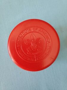 BOY SCOUTS OF AMERICA COLLAPSIBLE DRINKING CUP   VINTAGE 1960S