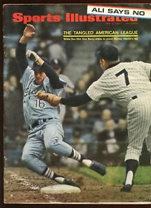 May 8 1967 Sports Illustrated Newstand Issue No Mailing Label Mickey Mantle EX