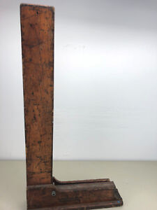 BROWN SHARPE Machinist Square 541: 27 X 13 3/4 inch; with wooden stand.