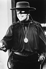Anthony Hopkins As Don Diego De La Vega/Zorro The Mask Of Zorro 11x17 Poster