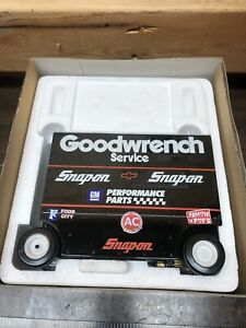 """1995 Dale Earnhardt Sr #3 """"GM GOODWRENCH PIT WAGON"""" 1/16th Scale Action Bank"""