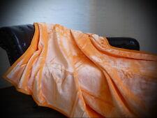 Tagesdecke Kuscheldecke im Glanz-Design orange
