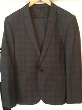 mens taylor and reece suit. New. Jacket 42short. Trousers 32regular.