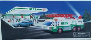 1996 HESS EMERGENCY TRUCK LIGHTS, EXTANDING LADDER, NEW